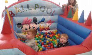 family-day-aug-2016-ball-pool