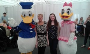 family-day-aug-2016-donald-and-daisy-duck